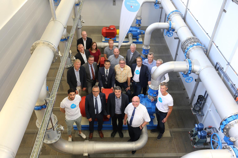 Hoch motiviert und gut vernetzt: die Wasserpartner um Michael Bernemann (2. v. r. vorne) im Kreis Paderborn.